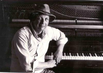 Ragtime & Boogie-Woogie Pianist Bob Milne