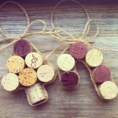 Holiday Wine and Craft Night