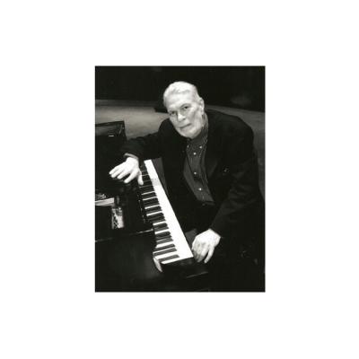 Musician/vocalist (piano)