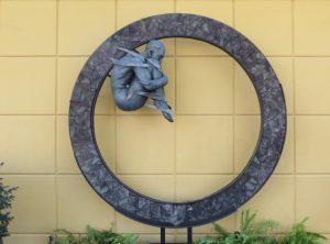 Kanvas Sculptures
